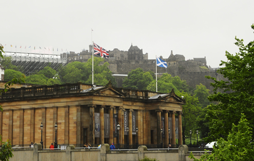National Gallery and Edinburgh Castle