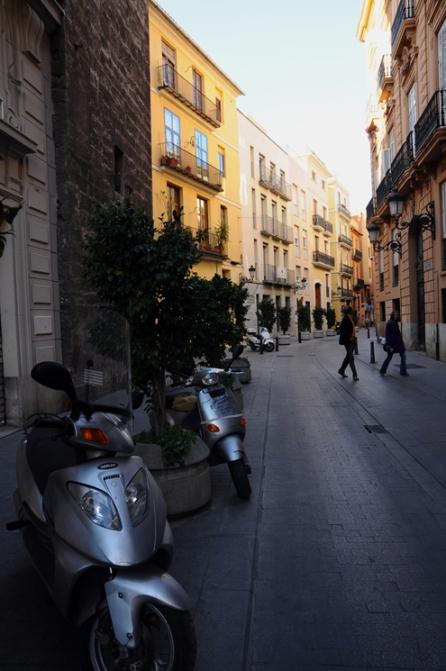 ValenciaStreet2